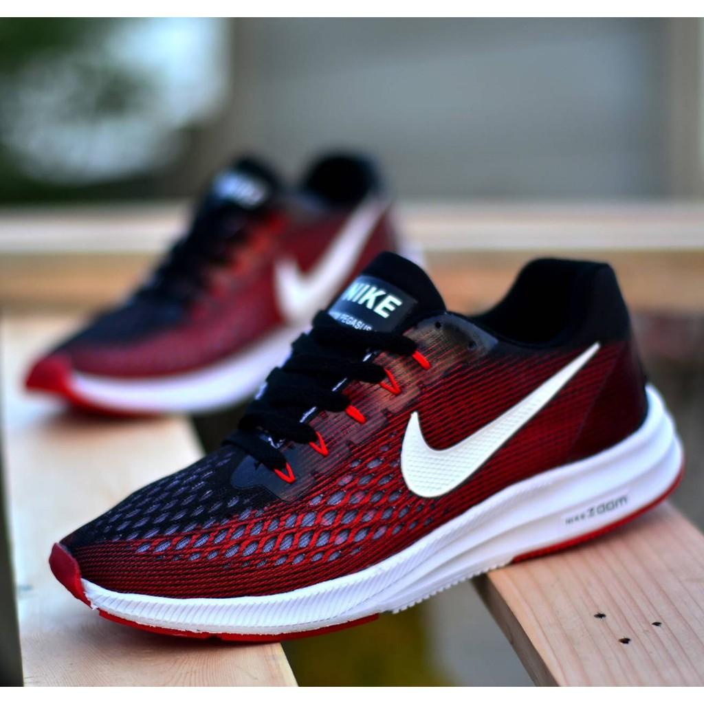 Sneakers & Tokoh Dunia